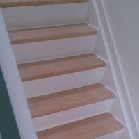 Schuren trap parket offerte trappen schuren for Renovatie houten trap