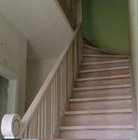 Schuren trap parket offerte trappen schuren for Houten trap behandelen